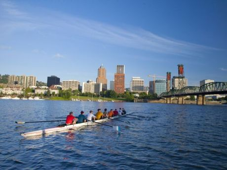 willamette-river-rowers-esplande_22127_600x450